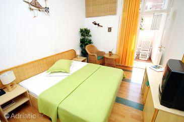 Room S-3243-b - Rooms Supetar (Brač) - 3243
