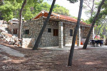 Property Jagodna (Hvar) - Accommodation 3250 - Apartments near sea with pebble beach.