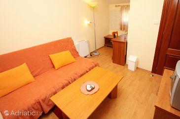 Room S-3269-k - Rooms Kaštel Štafilić (Kaštela) - 3269