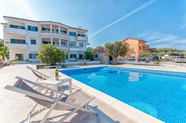 Property Lun (Pag) - Accommodation 3289 - Apartments near sea.
