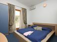 Bedroom - Room S-3305-u - Rooms Metajna (Pag) - 3305