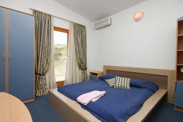 Room S-3305-u - Rooms Metajna (Pag) - 3305
