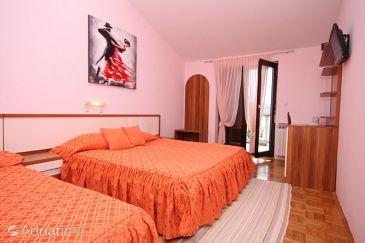 Room S-3322-g - Apartments and Rooms Seline (Paklenica) - 3322