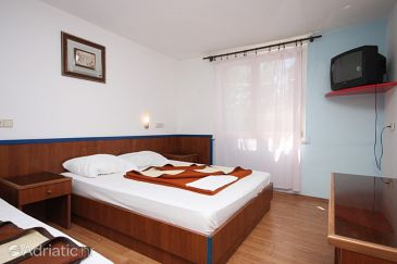 Room S-3329-i - Rooms Drašnice (Makarska) - 3329