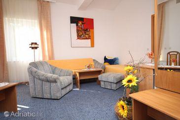 Room S-3333-g - Rooms Starigrad (Paklenica) - 3333