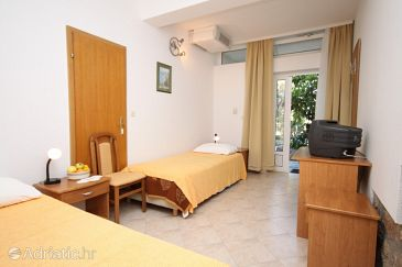 Room S-3333-i - Rooms Starigrad (Paklenica) - 3333