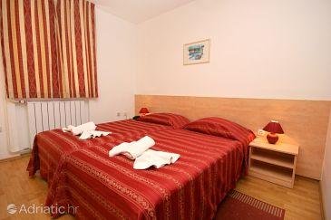 Room S-3352-i - Rooms Novigrad (Novigrad) - 3352