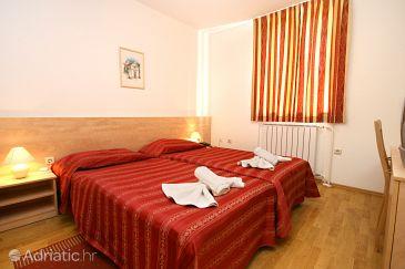 Room S-3352-m - Rooms Novigrad (Novigrad) - 3352