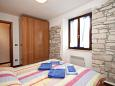 Bedroom 1 - House K-3365 - Vacation Rentals Novigrad (Novigrad) - 3365