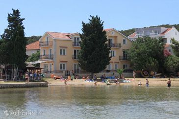 Property Kraj (Pašman) - Accommodation 3460 - Apartments near sea with sandy beach.