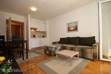 Apartment A-3751-a - Apartments Makarska (Makarska) - 3751