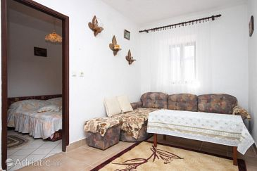 Apartment A-382-c - Apartments Stivan (Cres) - 382