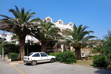 Property Novalja (Pag) - Accommodation 4068 - Apartments near sea with pebble beach.