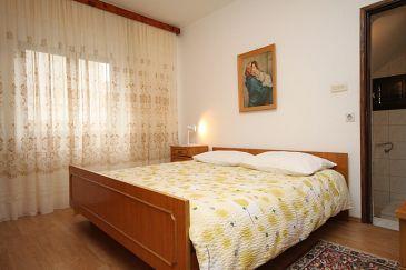 Metajna, Bedroom u smještaju tipa room, dopusteni kucni ljubimci i WIFI.
