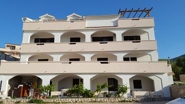 Property Metajna (Pag) - Accommodation 4120 - Apartments and Rooms with sandy beach.