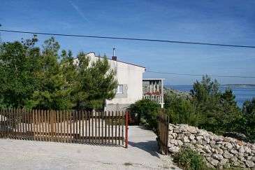 Property Smokvica (Pag) - Accommodation 4137 - Apartments with pebble beach.