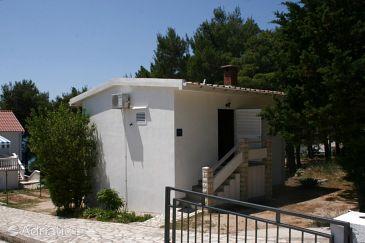 Property Stara Novalja (Pag) - Accommodation 4144 - Apartments near sea.