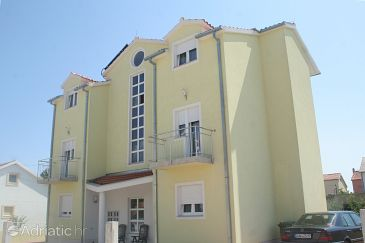 Property Vodice (Vodice) - Accommodation 4210 - Apartments with pebble beach.