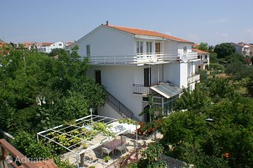 Property Vodice (Vodice) - Accommodation 4234 - Apartments near sea with pebble beach.