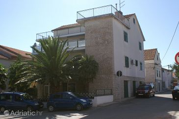 Property Vodice (Vodice) - Accommodation 4246 - Apartments with pebble beach.