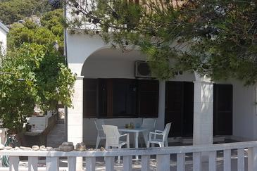 Property Pisak (Omiš) - Accommodation 4278 - Apartments near sea with pebble beach.