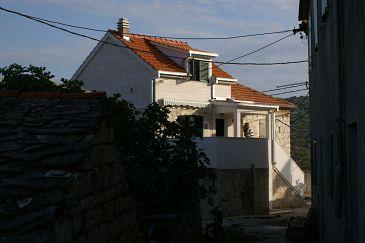 Obiekt Slatine (Čiovo) - Zakwaterowanie 4289 - Apartamenty ze żwirową plażą.