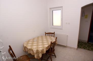 Tisno, Dining room u smještaju tipa apartment.