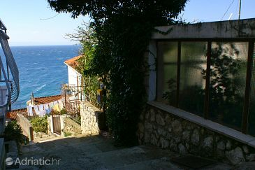 Property Podgora (Makarska) - Accommodation 4331 - Vacation Rentals near sea with pebble beach.