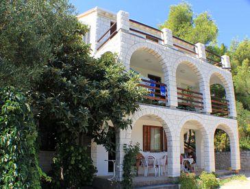 Property Lumbarda (Korčula) - Accommodation 4375 - Apartments near sea.