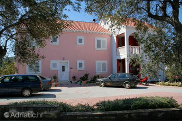 Property Korčula (Korčula) - Accommodation 4382 - Apartments with sandy beach.