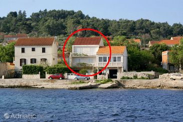 Property Lumbarda (Korčula) - Accommodation 4414 - Apartments near sea with rocky beach.