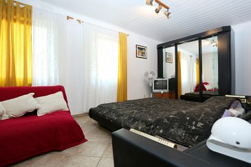 Room S-4442-e - Apartments and Rooms Lumbarda (Korčula) - 4442