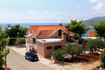 Property Zavalatica (Korčula) - Accommodation 4453 - Apartments with pebble beach.