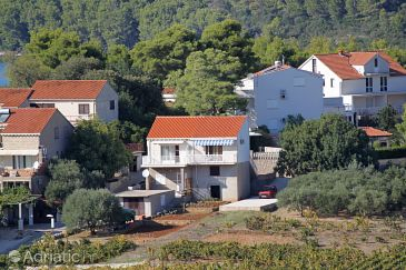 Property Lumbarda (Korčula) - Accommodation 4471 - Apartments with pebble beach.