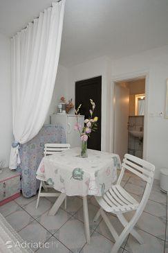 Studio flat AS-4585-a - Apartments Stanići (Omiš) - 4585