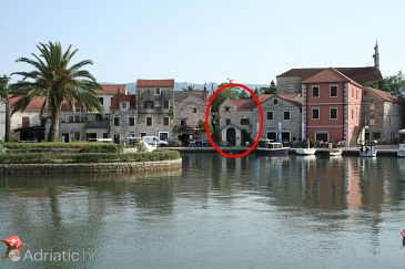 Property Vrboska (Hvar) - Accommodation 4601 - Apartments near sea with pebble beach.