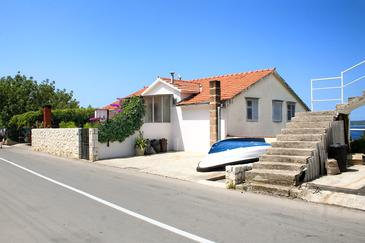 Property Hvar (Hvar) - Accommodation 4613 - Apartments and Rooms with pebble beach.