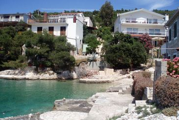 Property Jagodna (Brusje) (Hvar) - Accommodation 4619 - Apartments near sea with pebble beach.
