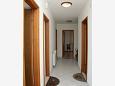 Hallway - Apartment A-4634-a - Apartments Vrboska (Hvar) - 4634