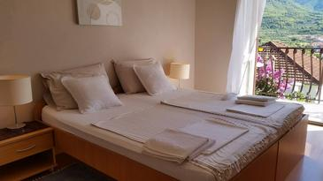 Room S-4640-a - Apartments and Rooms Jelsa (Hvar) - 4640