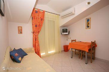 Apartment A-4646-b - Apartments Arbanija (Čiovo) - 4646