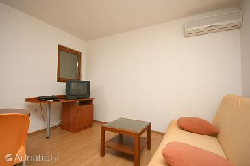Apartment A-4670-e - Apartments and Rooms Podgora (Makarska) - 4670