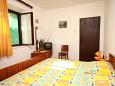 Bedroom 1 - House K-4718 - Vacation Rentals Brsečine (Dubrovnik) - 4718