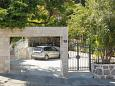 Parking lot Dubrovnik (Dubrovnik) - Accommodation 4732 - Apartments with pebble beach.