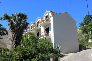 Property Cavtat (Dubrovnik) - Accommodation 4733 - Apartments and Rooms with pebble beach.