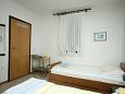 Bedroom - Apartment A-4758-a - Apartments Brist (Makarska) - 4758