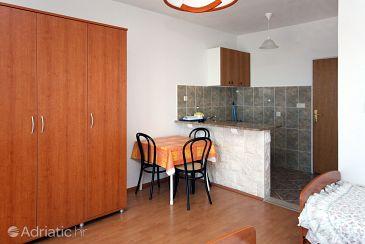 Soline, Dining room u smještaju tipa studio-apartment, WIFI.