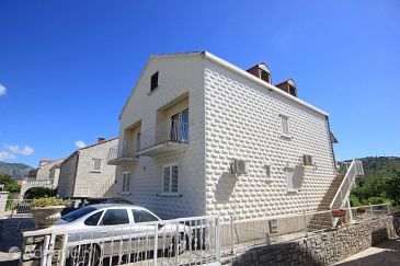 Srebreno, Dubrovnik, Property 4790 - Rooms with pebble beach.