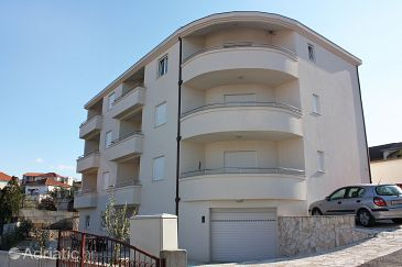 Property Okrug Gornji (Čiovo) - Accommodation 4816 - Apartments near sea with pebble beach.