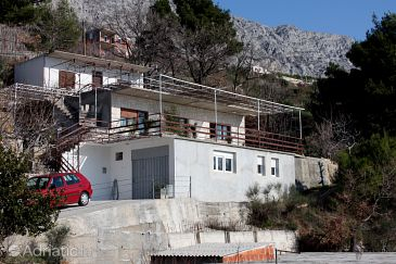 Lokva Rogoznica, Omiš, Property 4819 - Apartments with pebble beach.